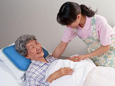 nệm cho người lớn tuổi
